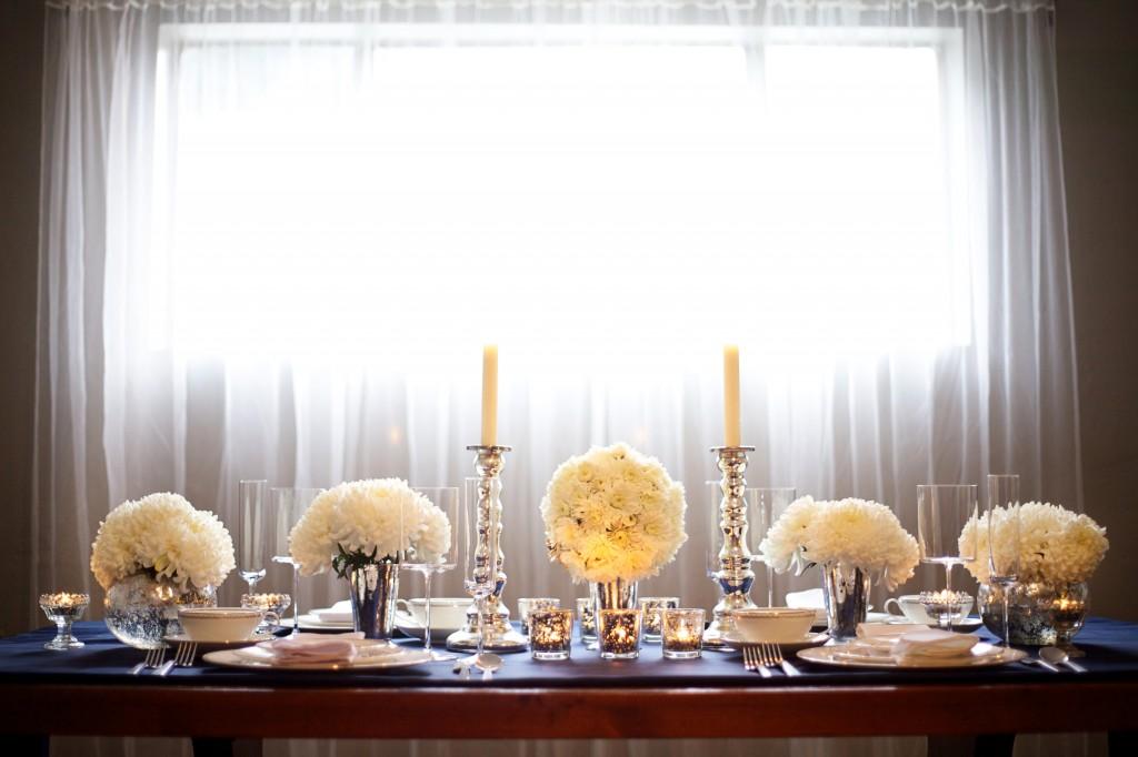 winter minimal tablescape
