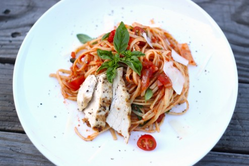 tomato basil linguini with grilled chicken
