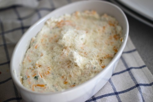 baked goat cheese & caramelized onion gratin