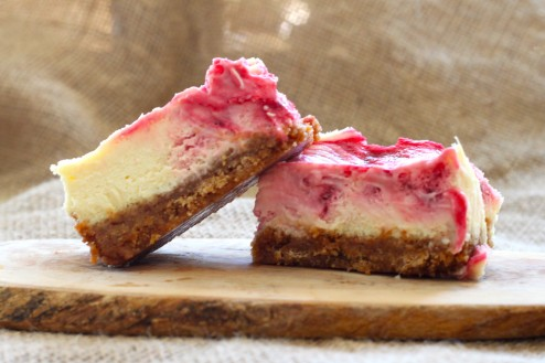 Lemon & Berry Cheesecake Bars