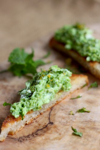 Fresh Pea Crostini with Lemon and Mint Gremolata