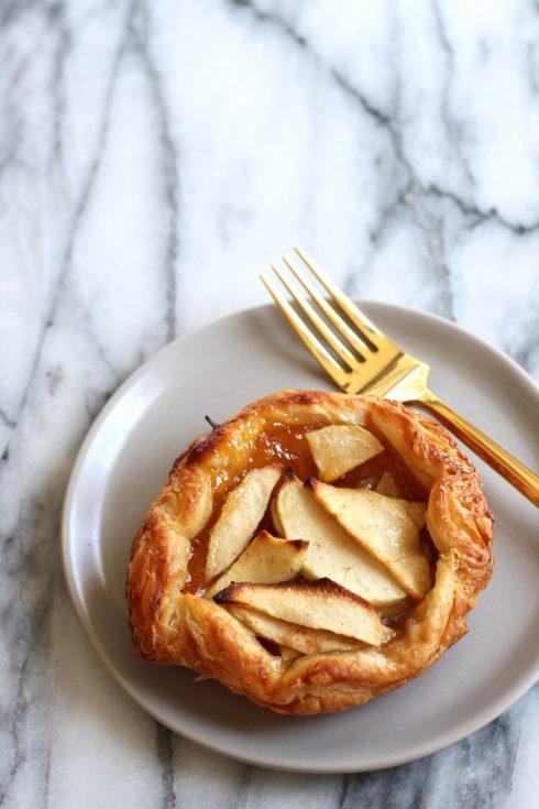 mini apple crostata